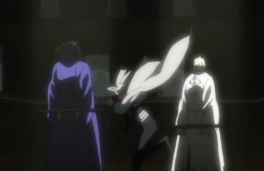File:Yoruichi arrives to save Urahara and Tessai.png