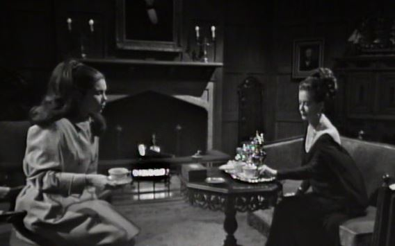 File:Drawing room tea at Collinwood ep2.jpg