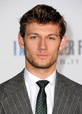 File:Alex pettyfer.jpg