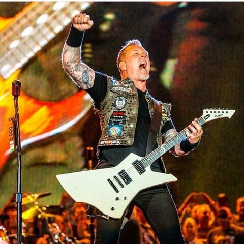 File:James Hetfield 2015 Rock In Rio Las Vegas.jpg