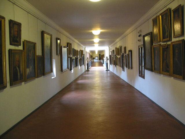 File:Vasari-corridor.jpg
