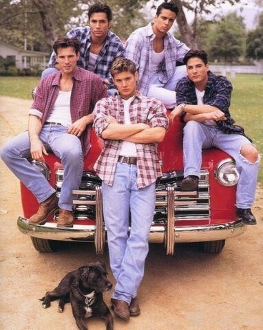 File:Days-Of-Our-Lives-Promo-Pic-s-jensen-ackles-1279055-450-565.jpg