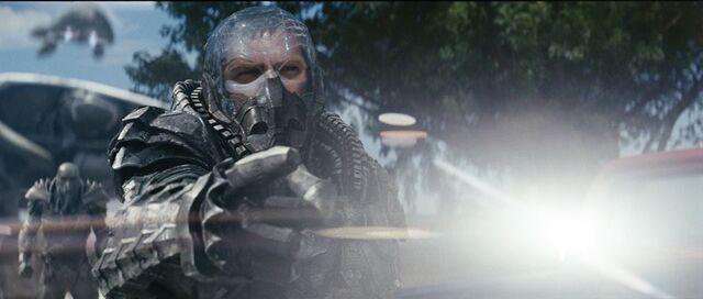File:General Zod clear helmet.jpg