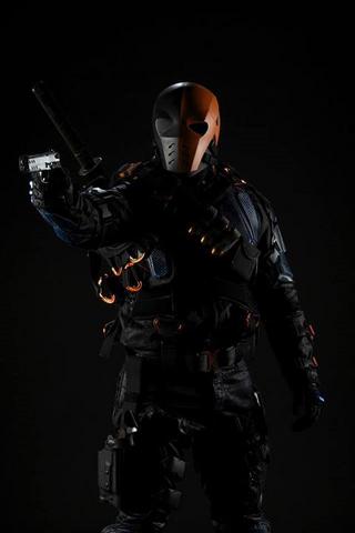 File:Deathstroke (Arrow).png