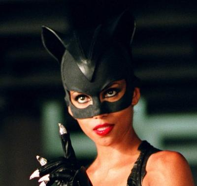 File:CatwomanBerry.jpg