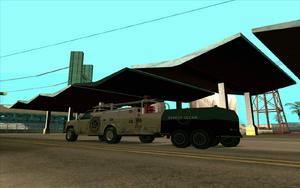 Utility Van mit Anhänger.png