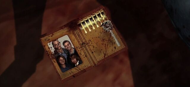 File:Dead Rising Family picture.jpg