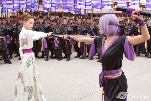 File:DOAFilm Kasumi and Ayane.jpg