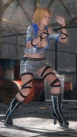 File:Tina - Costume 06.jpg