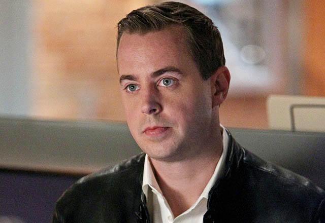 File:Sean Murray as Finn Baxter.jpg