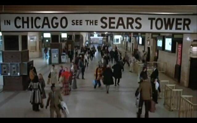 File:Chicago Union Station interior.JPG