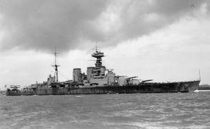 300px-British Battlecruiser HMS Hood circa 1932