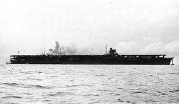 Aircraft carrier shokaku h73066.jpg