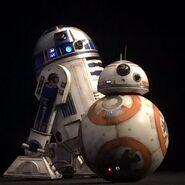 Star-wars-7-force-awakens-r2d2-bb8-600x600