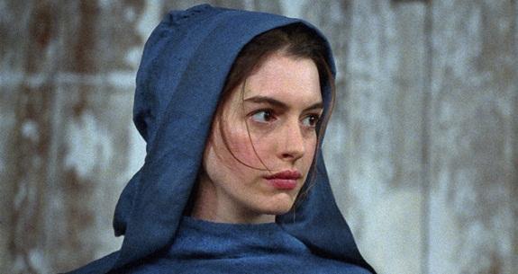 File:Anne-hathaway-fantine-les-miserables-c-universal2-crop.jpg
