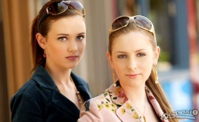 File:Holly j and anya.jpg