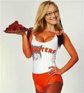 File:Hooter Waitress Maya 2.jpg