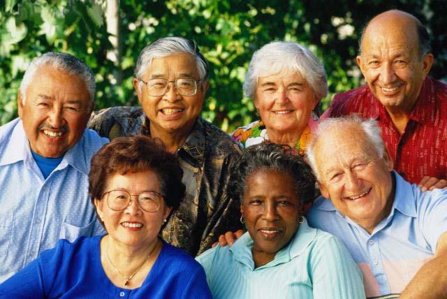 File:Seniors12 000.154121245.jpg