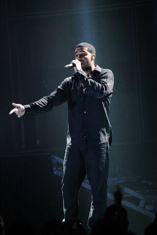 File:Drake-gainesville-07.jpg