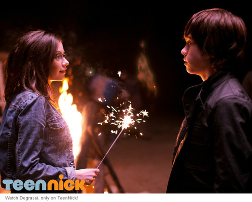 File:Imogen and eli sparkler.jpg