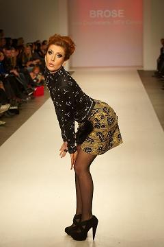 File:Jessi Cruickshank in Brose for Dare To Wear Love Fashion Show.JPG
