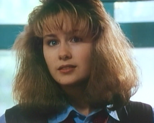 File:Caitlin in degrassi high season 2.png