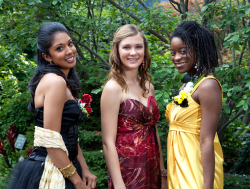 File:01-degrassi-911-912-anya-chantay-alli.jpg