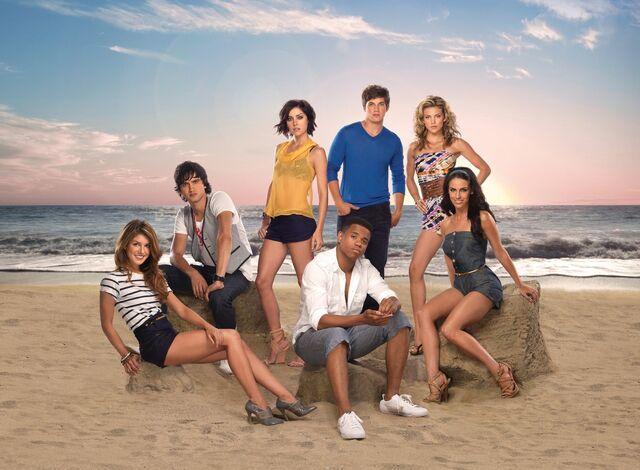 File:90210 promo shenae grimes.jpg