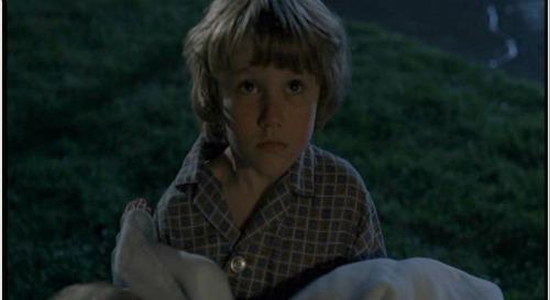 File:Supernatural-Pilot-little-Dean-saves-baby-Sam.jpg