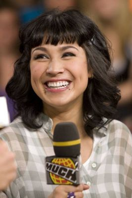 File:Cassie steele much.jpg