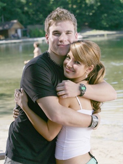 File:Darcy-and-Spinner-degrassi-43421 240 320.jpg