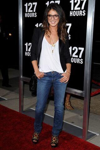 File:Shenae+Grimes+Jeans+Skinny+Jeans+vyz5T3ncTVtl.jpg
