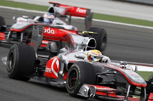 File:McLarenF1.LewisHamilton.JensonButton.First.Second-650x429.jpg