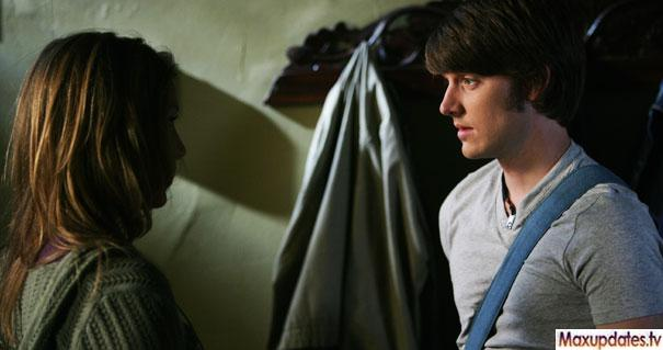 File:Degrassi-The-Next-Generation-Season8episode09.jpg