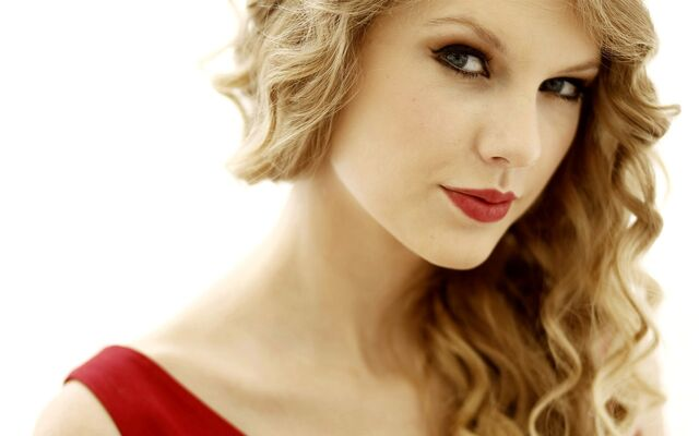 File:Taylor-swift.jpg