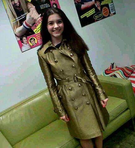 File:Ana in gold coat.jpg