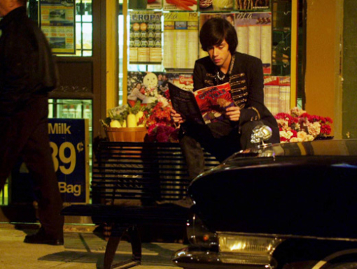 File:Eli Reading 'Stalker-Angel' On Top Of His & Clare's Special Bench.jpg