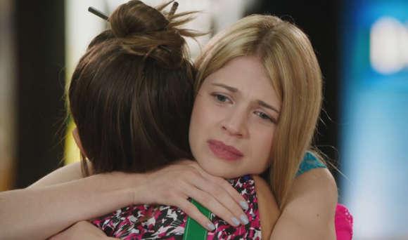 File:Becky-Hugs-Imogene.jpg