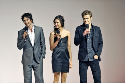 File:Paul-wesley-nina-dobrev-and-ian-somerhalder.jpg