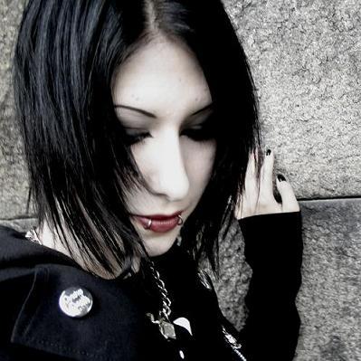 File:Black gothic hairtyle.jpg
