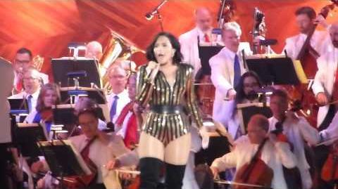 Demi Lovato - Confident (Boston Pops Fireworks Spectacular 2016)