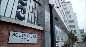 File:Bookmakers Row.jpg