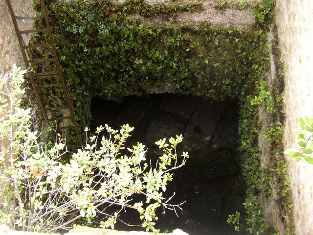 Fichier:Caves9.JPG