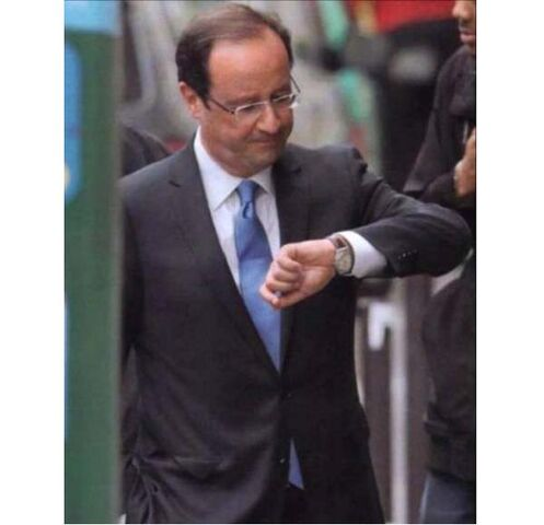 Fichier:Hollande-montre.jpg