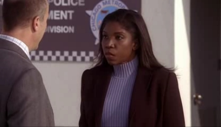 File:2x05 - Chicago police.jpg