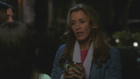 8x21 - Lynette angry