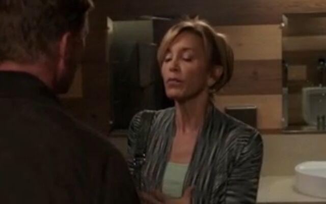 File:8x09 - Lynette tells Tom.jpg