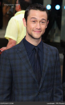 Joseph-gordon-levitt-inception-premiere-59ps6P