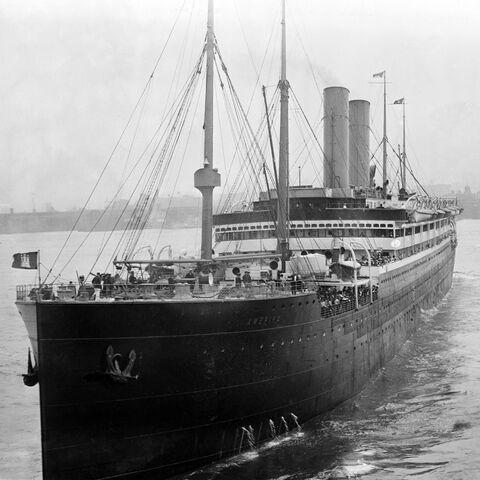 File:SS Amerika.jpg