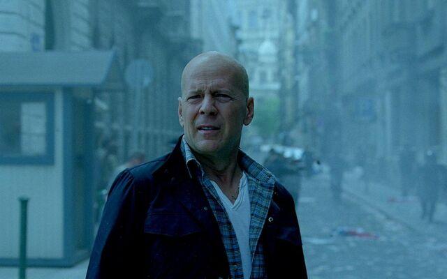 File:A-Good-Day-to-Die-Hard-Bruce-Willis.jpg